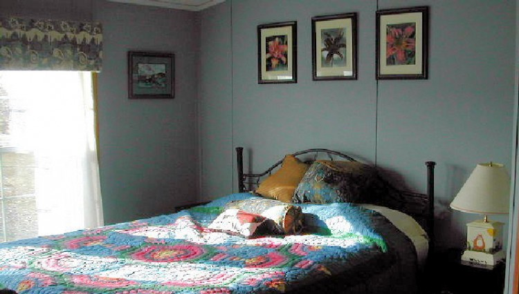 Ginger Cat Bnb inviting bedroom