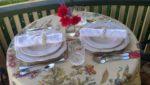 Red Kettle Inn bnb outdorr breakfast seating