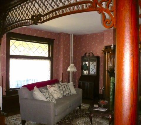 Red Kettle Inn bnb inviting living room