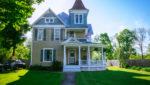 Burdett House bnb charming exterior