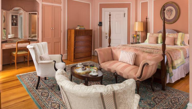 Idlewild Inn - Guestrooms - Room 8 - January 2018